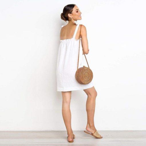 Weißes Kleid Hippie chic Frau